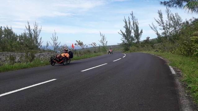 Balade route des laves en vélo-couché Atmosphère Péi activité sportive loisirs Ile de la Réunion