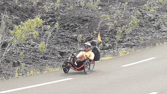 Route des lave Ile de la Réunion vélo-couché en randonnée