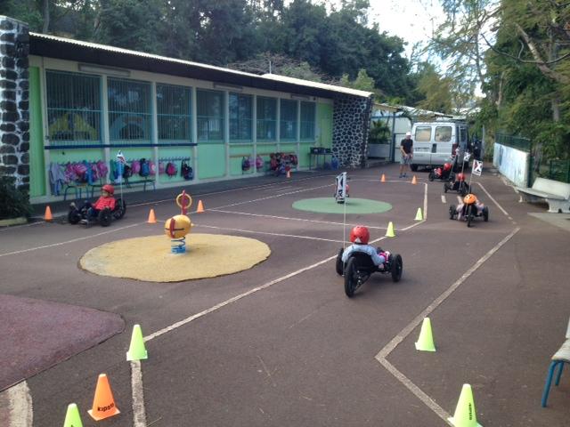Vélo-couché ile de la Réunion loisirs ludique pour enfants confortables